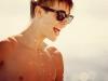 thumbs bar overkropp solglasogon Justin Bieber bilder