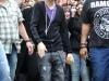 thumbs bieber vinkade fans paris 04 Justin Bieber bilder
