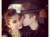 thumbs justin bieber selena gomez pussas Justin Bieber bilder