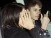 thumbs justin arg fuck you selena Justin Bieber bilder