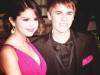 thumbs justin gomez Justin Bieber bilder