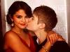 thumbs justin pussar selena kinden Justin Bieber bilder