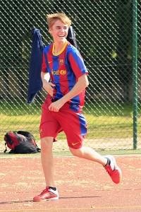 justin bieber fotboll madrid 17 200x300 Fler bilder på när Justin Bieber spelar fotboll i Madrid