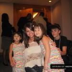 justin bieber selena gomez malaysia barn 02 150x150 Justin och Selena tar kort med barn i Malaysia