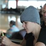 justin bieber anlander sydney 05 150x150 Justin anländer till Sydney, Australien