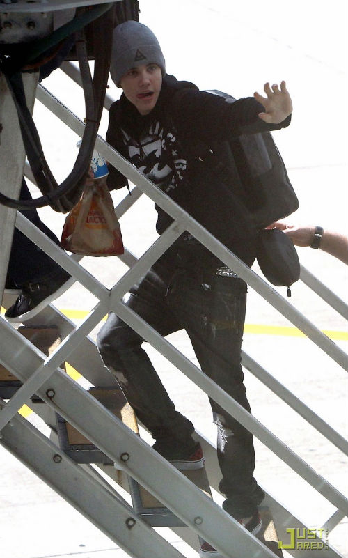 justin bieber sydney Bieber lämnar Sydney [bilder]