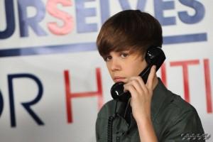 justin bieber telefonnummer 300x200 Justin Bieber postade telefonnummer på Twitter