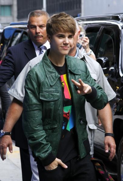 justin bieber macys parfym Bieber har blivit överfallen