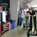 justin segway 150x150 Bilder på Justin Bieber