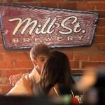justin selena kyss 150x150 Bilder på Justin Bieber