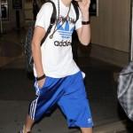 justin bieber flygplats los angeles 02 150x150 Bieber anländer till Los Angeles flygplats
