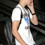 justin bieber flygplats los angeles1 150x150 Bieber anländer till Los Angeles flygplats