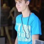 justin bieber ryan butler shoppar 150x150 Justin Bieber & Ryan Butler shoppar på Armani