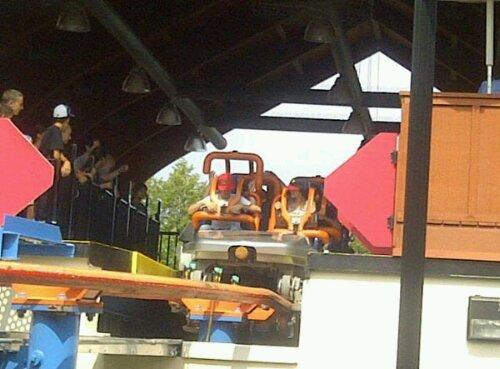 justin bieber selena gomez nojespark pennysylvania Justin Bieber och Selena Gomez på nöjespark i Pennysylvania
