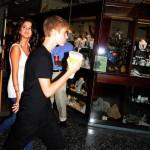 justin bieber selena gomez philadelpia 03 150x150 Justin och Selena i Philadelphia