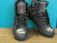 Justin Bieber donerar Supra-skor till välgörenhetsauktion