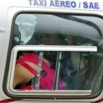 justin selena helikopter brasilien 04 150x150 Justin Bieber & Selena Gomez åker helikopter @ Brasilien [bilder]