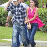 justin selena helikopter brasilien 07 150x150 Justin Bieber & Selena Gomez åker helikopter @ Brasilien [bilder]