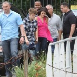 justin selena helikopter brasilien 10 150x150 Justin Bieber & Selena Gomez åker helikopter @ Brasilien [bilder]