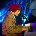justin bieber nyar 2012 04 150x150 Bieber på nyårsafton @ Times Square i New York