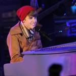 justin bieber nyar 2012 06 150x150 Bieber på nyårsafton @ Times Square i New York