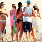 justin bieber ryan butler jeremy venice beach 02 150x150 Justin, Ryan och Jeremy på stranden i Venice Beach [bilder]