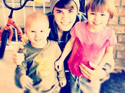 justin bieber syskon jaxon jazzy Justin med sina syskon Jaxon & Jazzy