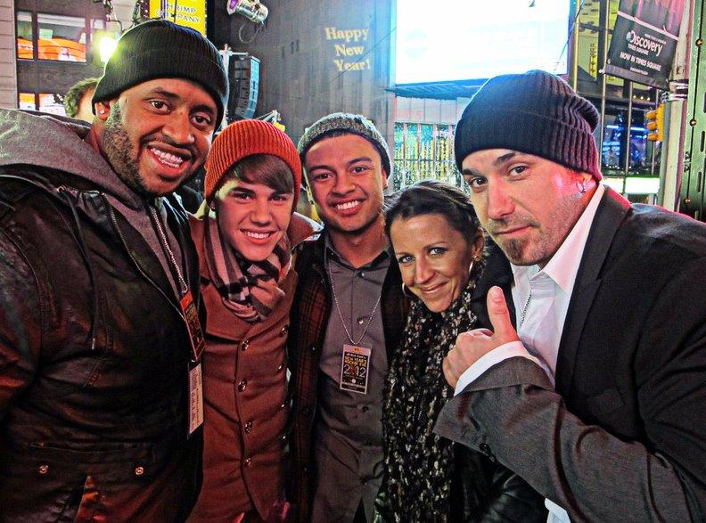 justin kenny alfredo jeremy pattie nyarsafton Justin, Pattie, Jeremy, Alfredo, Kenny på nyårsafton