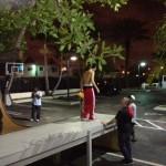 bieber skateboard 03 150x150 Justin skatar i bar överkropp [bilder+video]