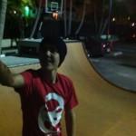 bieber skateboard 04 150x150 Justin skatar i bar överkropp [bilder+video]