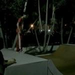 bieber skateboard 05 150x150 Justin skatar i bar överkropp [bilder+video]