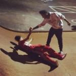 bieber skateboard 11 150x150 Justin skatar i bar överkropp [bilder+video]
