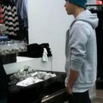 justin bieber hm new york 03 150x150 Justin shoppar på H&M i New York [bilder]