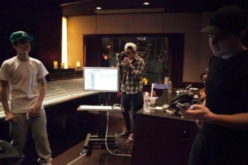 justin bieber studion believe Justin i studion, jobbar med Believe