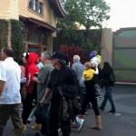 justin familj selena disneyland 03 150x150 Justin med familj & Selena @Disneyland på Alla hjärtans dag