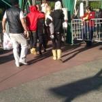 justin familj selena disneyland 150x150 Justin med familj & Selena @Disneyland på Alla hjärtans dag