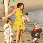 justin selena jaxon jazmyn jeremy malibu beach 04 150x150 Justin, Jaxon, Jazmyn, Selena & Jeremy @Malibu Beach [bilder]