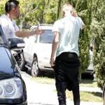 bieber sla paparazzi gomez misshandel 09 150x150 Justin anklagas ha slagit en paparazzi