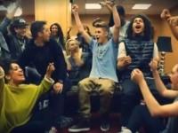 Bild på Justin som vinner MTV EMA