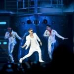 Justin uppträder i Barcelona